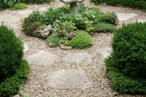 Can I Use Gravel and Stone for Garden Walkways?