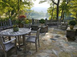 What's the Best Way to Create an Outdoor Social Setting?